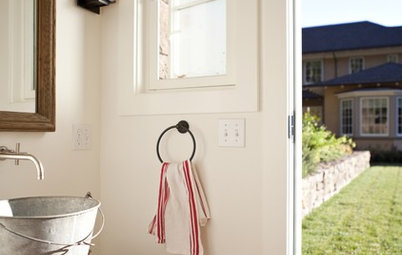 10 Great Uses for Buckets and Tubs