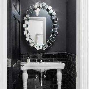 На фото: со средним бюджетом маленькие туалеты в современном стиле с черной плиткой, керамической плиткой, черными стенами, полом из керамогранита, раковиной с пьедесталом и белым полом