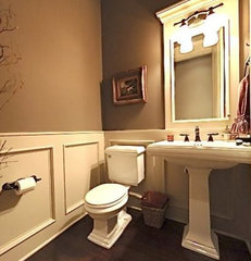 traditional powder room by Veranda Estate Homes & Interiors