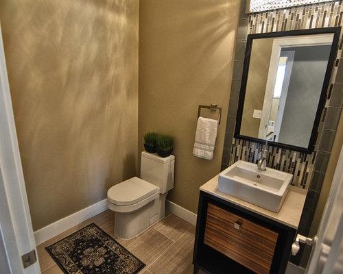 klassische g stetoilette g ste wc mit fliesen aus glasscheiben ideen f r g stebad und g ste. Black Bedroom Furniture Sets. Home Design Ideas