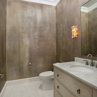 На фото: туалет среднего размера в стиле современная классика с светлыми деревянными фасадами, унитазом-моноблоком, белой плиткой, разноцветными стенами, полом из мозаичной плитки, врезной раковиной и столешницей из кварцита