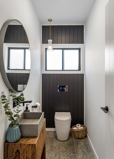 Beach Style Powder Room by Stuart Osman