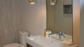 Roundabout Powder Room