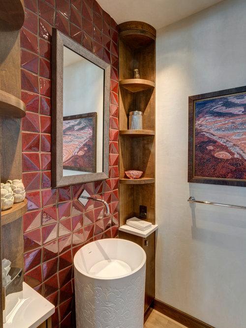 Bagno in montagna con piastrelle rosse foto idee - Piastrelle bagno rosse ...