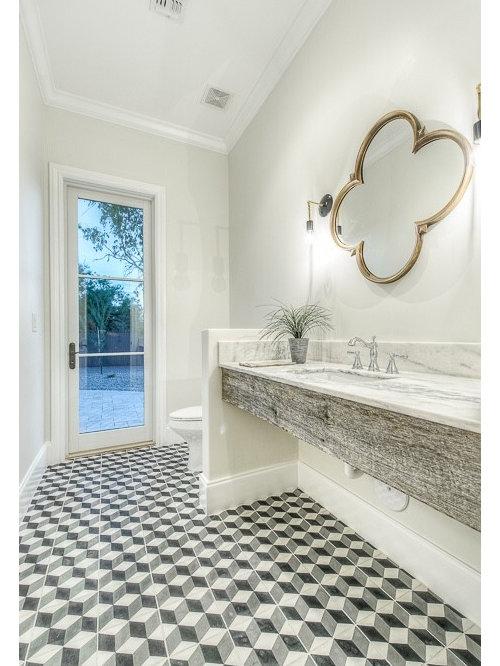 rustikale g stetoilette g ste wc mit mosaik bodenfliesen. Black Bedroom Furniture Sets. Home Design Ideas