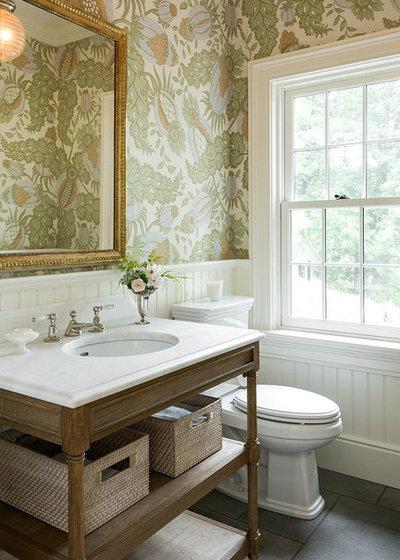 Klassisk Toalett by Morrissey Saypol Interiors, LLC