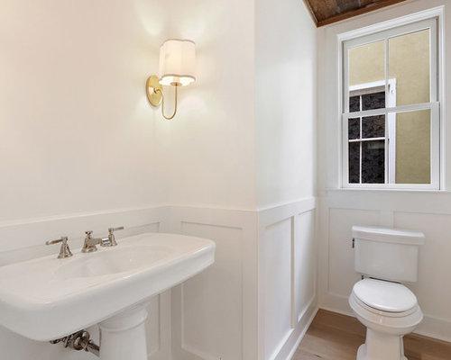 landhausstil g stetoilette g ste wc mit marmorfliesen ideen f r g stebad und g ste wc design. Black Bedroom Furniture Sets. Home Design Ideas
