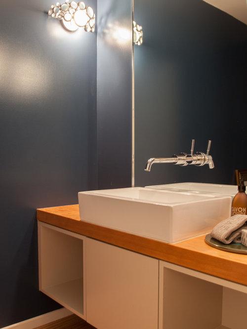 mid century g stetoilette g ste wc mit waschtisch aus holz ideen f r g stebad und g ste wc. Black Bedroom Furniture Sets. Home Design Ideas