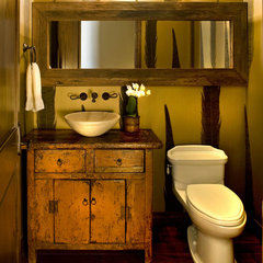 eclectic powder room by Danielle Wallinger