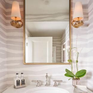 Immagine di un bagno di servizio stile shabby