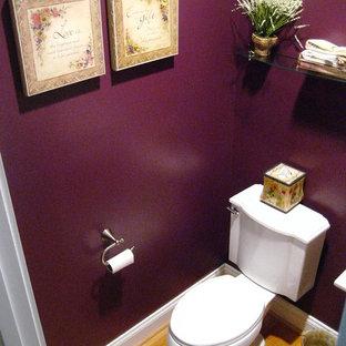 На фото: туалет в современном стиле с