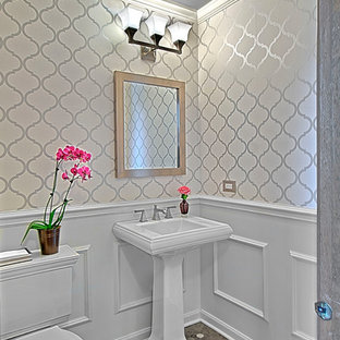 75 Most Popular Traditional Powder Room With A Pedestal Sink Design