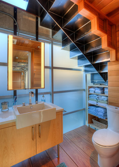 Contemporary Powder Room by Dan Nelson, Designs Northwest Architects