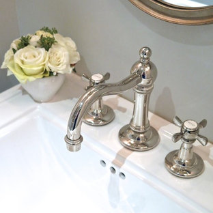 Powder room - small victorian powder room idea in Montreal with a pedestal sink and gray walls