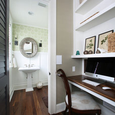 Tropical Powder Room by E+D Architecture and Design, PL