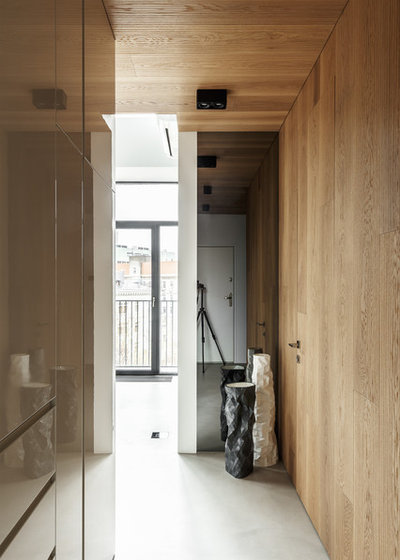 Contemporary Entry by DesignRocks