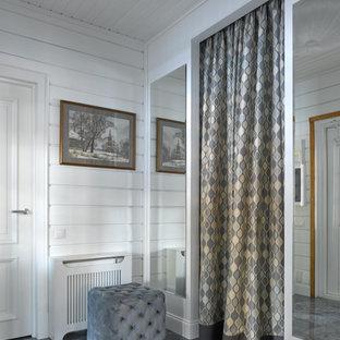 Foto de entrada actual con paredes blancas
