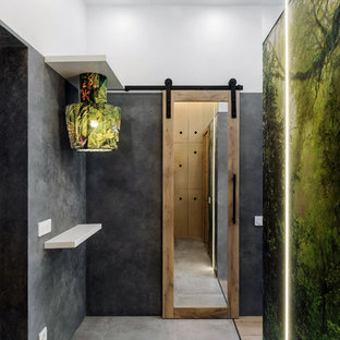 Small industrial entry hall in Novosibirsk with porcelain floors, grey floor and multi-coloured walls.