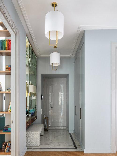 Porte d 39 entr e avec un sol en marbre photos et id es for Porte appartement standard