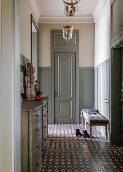Фьюжн Прихожая by OLGA IEVLEVA Interior design & decoration