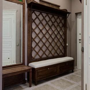 Idée de décoration pour une entrée tradition.