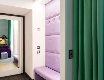 Studio with a soaring bed over grass-plot /Студия с парящей кроватью и лужайкой