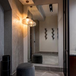 Неиссякаемый источник вдохновения для домашнего уюта: прихожая в современном стиле с серыми стенами и серым полом