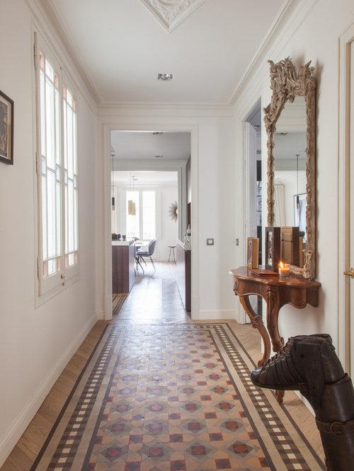 Ideas para recibidores y pasillos dise os de recibidores y pasillos cl sicos renovados - Recibidores clasicos ...