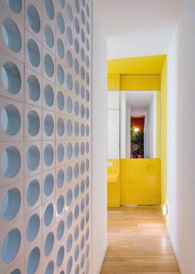 Contemporáneo Recibidor y pasillo by gon architects