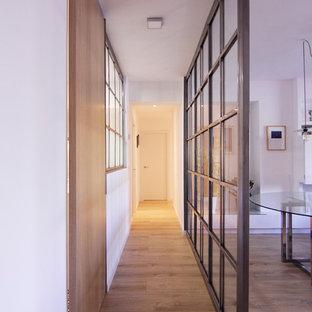 Foto di un ingresso o corridoio contemporaneo