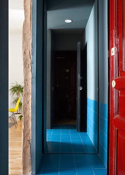 Ecléctico Recibidor y pasillo by gon architects