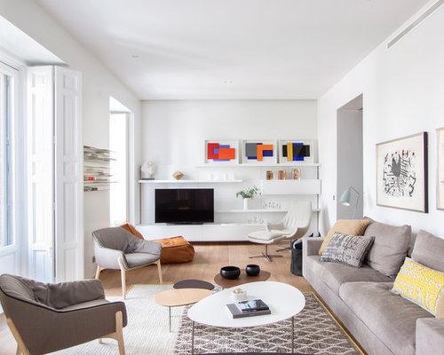 imagen de sala de estar cerrada escandinava grande sin chimenea con paredes