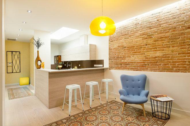 Ecléctico Sala de estar by Markham Stagers