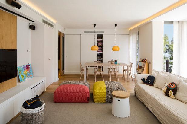 Nórdico Sala de estar by The Room Studio