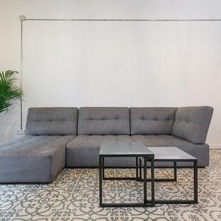 Imagen de sala de estar industrial pequeña