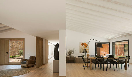 Spanish Houzz Tour: Slow Design Defines a Holiday Home