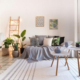 Inspiration for a scandinavian family room remodel in Barcelona