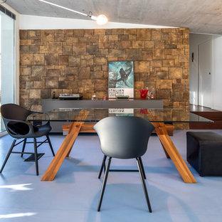 Esempio di una sala da pranzo minimal con pareti bianche e pavimento blu