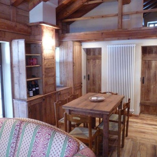 This is an example of a country dining room in Turin.