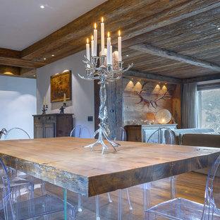 Immagine di una sala da pranzo rustica