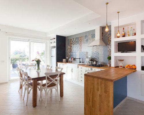Piastrelle per cucina casa al mare la cucina e tavola della casa
