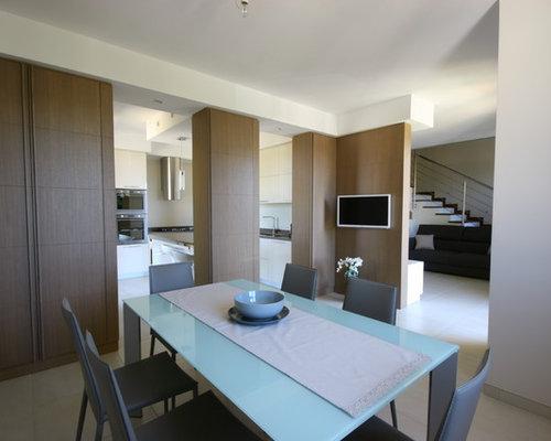 Cucina open space moderna laccata lucida