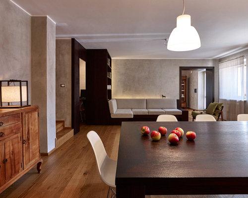 Sala da pranzo moderna con pavimento in legno massello for Foto sale da pranzo moderne