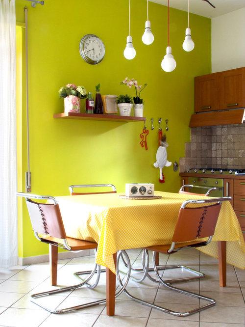 Sala da pranzo con pavimento con piastrelle in ceramica foto idee arredamento - Pareti sala da pranzo ...