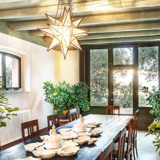 Idee per una sala da pranzo country con pareti bianche