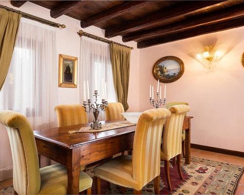 Sala da pranzo classica con pavimento in terracotta - Foto, Idee ...