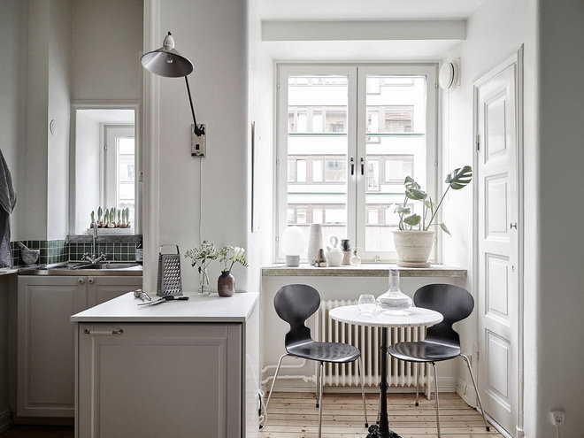 Scandinavian Dining Room by VogliaCasa.it