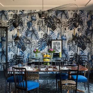 Esempio di una grande sala da pranzo eclettica chiusa