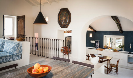 Houzz Tour: A Cleverly Reworked Layout Transforms a Hillside Home