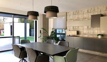 Aménagement et décoration d'une entrée, séjour cuisine.